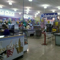 Photo taken at Lopes Supermercados by ϺΛΠΘΣL Λ. on 9/29/2011