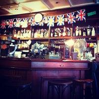 Photo taken at Oxford Arms by Thomas B. on 10/25/2011