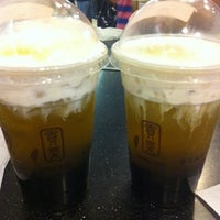 Photo taken at Gong Cha (貢茶) by Fib L. on 4/15/2012