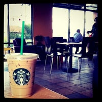 Photo taken at Starbucks by Siwakorn P. on 5/19/2011
