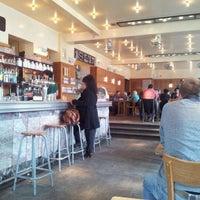 Foto tirada no(a) Café Belga por Jean claude S. em 6/7/2012