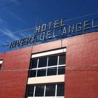 Foto tomada en Hotel Rivera del Angel por ron m. el 2/19/2012