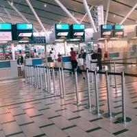 Foto tirada no(a) Aeroporto International da Cidade do Cabo (CPT) por Leon V. em 3/6/2012
