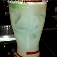 Photo taken at TGI Fridays by N on 3/1/2012