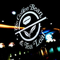 Photo taken at The Coffee Bean & Tea Leaf by Syarief H. on 12/29/2010