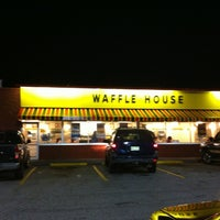Photo taken at Waffle House by Aurora A. on 7/5/2012