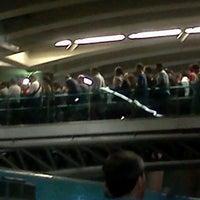 Foto tomada en Metro Vicente Valdés por Zoe G. el 1/26/2012