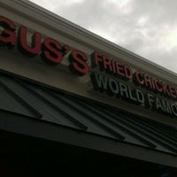 Photo taken at Gus's World Famous Fried Chicken by Krishna D. on 11/26/2011