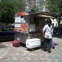 Photo taken at Metro Halal Food by Ben C. on 6/13/2012