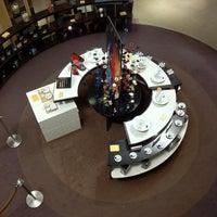 Das Foto wurde bei Nespresso von Julien L. am 3/11/2011 aufgenommen