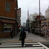 Photo taken at 大門交差点 by Is S. on 10/18/2011