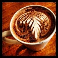Photo prise au Caffé Medici par Dan D. le5/11/2012