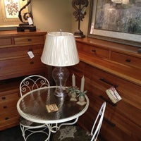 Photo taken at Invio Fine Furniture Consignment by Eazy on 8/31/2012