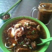 Photo taken at Kedai Makan Sow Mui by Wesley W. on 2/28/2011