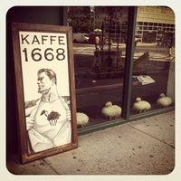 รูปภาพถ่ายที่ Kaffe 1668 โดย Carl M. เมื่อ 8/8/2012
