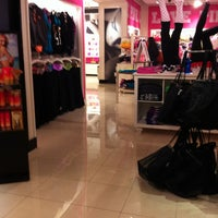 Photo taken at Victoria's Secret PINK by Flory H. on 4/1/2012