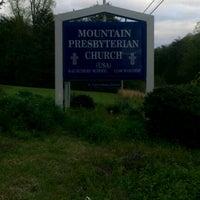 Photo taken at Mountain Presbyterian Church (PCUSA) by Dan B. on 4/16/2011