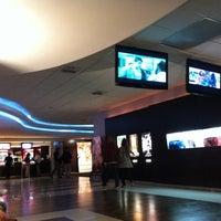 Foto tirada no(a) GNC Cinemas por Rodrigo C. em 9/24/2011