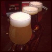 Das Foto wurde bei World Beer Pub & Foods BULLDOG von miyuki am 9/7/2012 aufgenommen