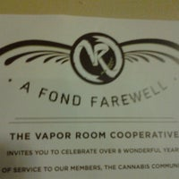 Photo taken at Vapor Room by jaycee on 8/1/2012