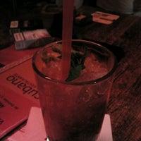 Das Foto wurde bei Cubano Bar y Restaurante von Nazlı K. am 6/22/2012 aufgenommen