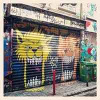 Photo taken at Chez Bonshil by Cᴏʏᴏᴛᴇ 🐺 C. on 7/29/2012