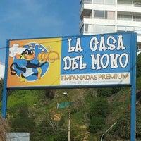 Foto tomada en La Casa del Mono por Jorge L. el 7/22/2012