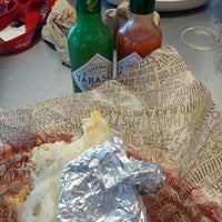 Photo taken at Chipotle Mexican Grill by Arturo F. on 7/22/2012