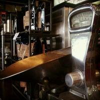 4/13/2012에 Ben F.님이 M.E. Swing Co.에서 찍은 사진