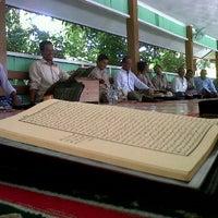 Photo taken at Mesjid Meureuhom Daya™ by yusdi y. on 5/11/2012