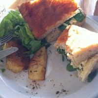 Foto tomada en Loreto Garden Bar por Andii D. el 6/25/2012
