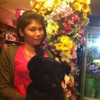 Photo taken at ร้านดอกไม้อากู๋ by ่ladyzonya P. on 5/20/2012