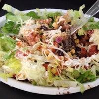 Das Foto wurde bei Chipotle Mexican Grill von Dat L. am 5/4/2012 aufgenommen