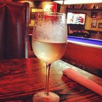 Foto tomada en Baker St. Pub & Grill por Taylor J. el 8/2/2012