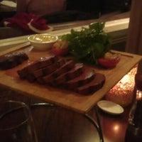Foto scattata a Waterfront Seafood-Bar-Grill da Domi V. il 4/23/2012