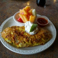 Photo taken at Wild Berries Restaurant by Max Я. on 6/1/2012