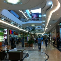 Photo taken at Shopping Anália Franco by Claudio B. on 5/26/2012