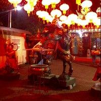 Photo taken at Sekolah Tri Dharma T.I.TD Kwan Seng Ta Tie (Kwan Kong) by Novie T. on 8/2/2012