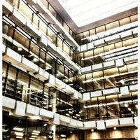 Foto tomada en Biblioteca Nicanor Parra por Diego Bastian el 5/17/2012