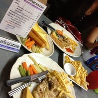 Photo taken at Steak ลุงหนวด ซอยประดิพัทธิ์ 18 by Punobi . on 4/4/2012