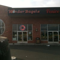 Photo taken at Wonder Bagels by Alvin U. on 6/18/2012