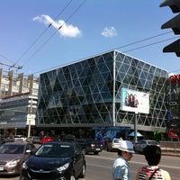 Снимок сделан в ТЦ «Ворошиловский» пользователем Ivan P. 7/15/2012