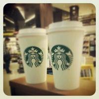 7/21/2012 tarihinde Graziela C.ziyaretçi tarafından Starbucks'de çekilen fotoğraf