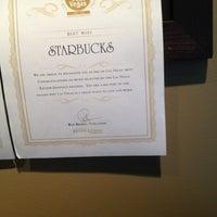 Foto tirada no(a) Starbucks por john h. em 5/24/2012
