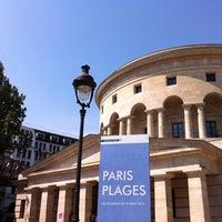 Photo taken at Paris Plages – Bassin de la Villette by Renaud F. on 8/12/2012