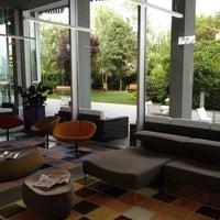 Photo taken at Mod 05 Living Hotel Castelnuovo del Garda by Gert on 5/26/2012