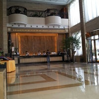 Photo taken at 南通大饭店 Nantong Hotel by Luciano F. on 9/1/2012