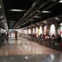 Photo taken at Serangoon MRT Interchange (NE12/CC13) by Shing Kae H. on 5/11/2012