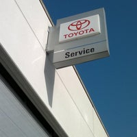 Photo taken at Toyota Holvoet by Gunther V. on 5/16/2012
