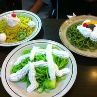 5/20/2012にozarin r.が喫茶マウンテンで撮った写真